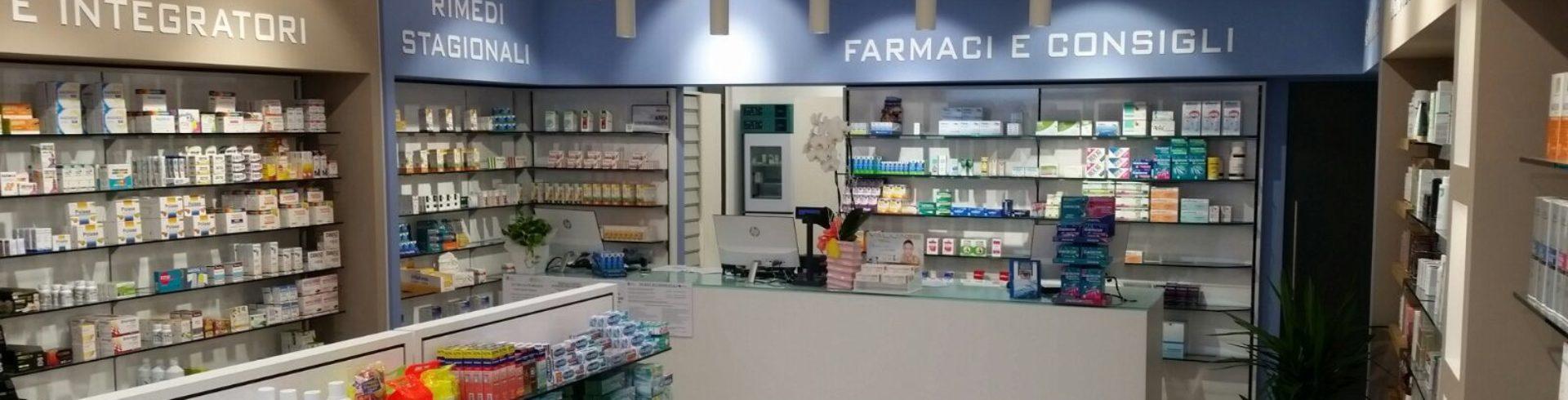 interno Farmacia San Bassiano lodi